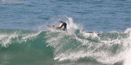 The best surf holidays in Portugal, Algarve sunsets, perfect uncrowded waves, visit the Deluxe Surfhouse Algarve.