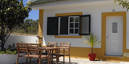 one of three little houses - surfcamp portugal - Deluxe Surfhouse Algarve